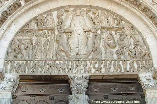 Tympan de la cathédrale d'Autun, sommet de l'art roman