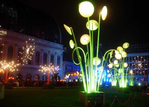 Fête des lumières 2009 Lyon - Place Louis Pradel - DR Mon jardin public TILT