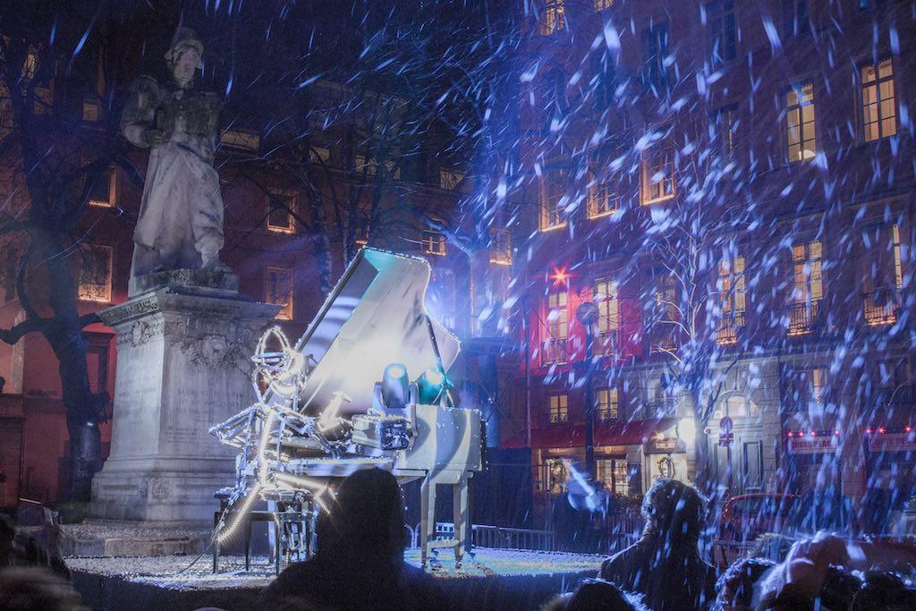 Fête des lumières 2016, Un piano sous la neige, création Jean-Luc Hervé