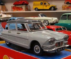 Voiture miniature Citroën Ami 6