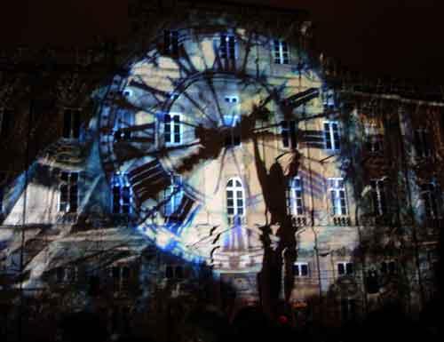 Fête des lumières 2009 - Place des Terreaux - DR : Jouons avec les temps LIGHTMOTIF