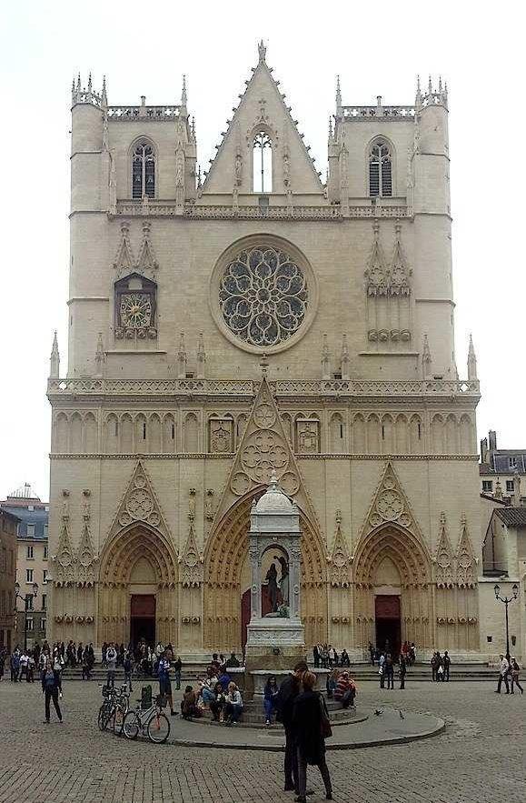 Visiter le Vieux Lyon : la cathédrale Saint-Jean