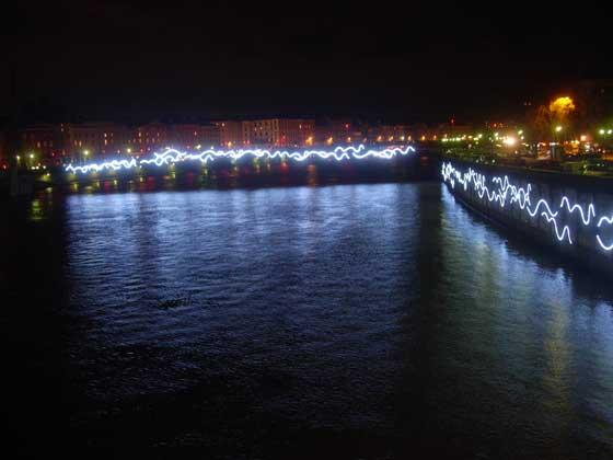 Quais de Saône avec Fourvière en arrière-plan