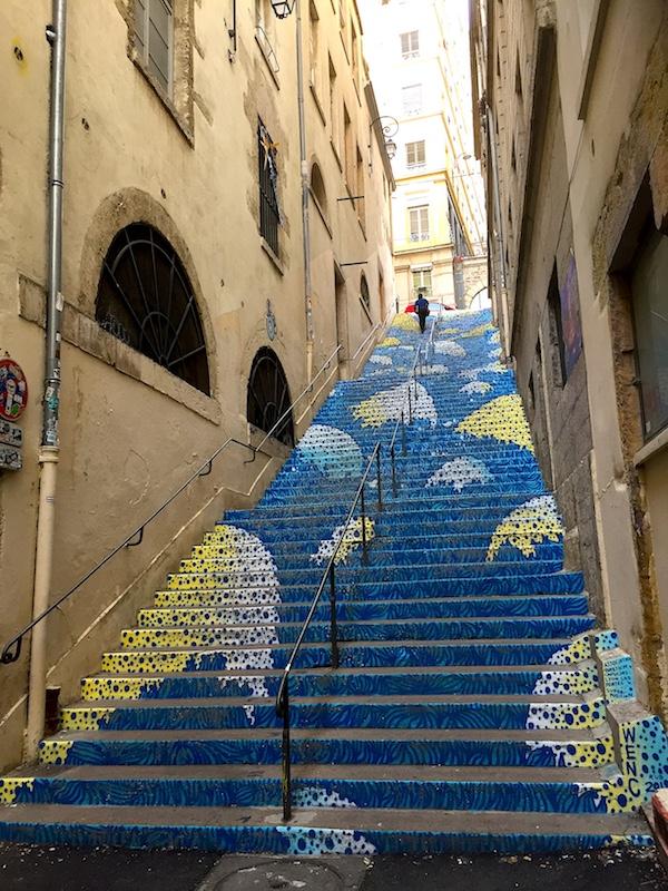 L'escalier bleu, passage Mermet