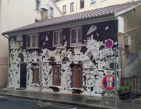 Street art Lyon - Fresque en papiers collés du 49 rue des pierres plantées