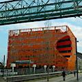 Le cube orange à Confluence