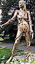 La mère nature était là, avant le Jardin des plantes — Une sculpture du street-artiste «Green vegetal world»