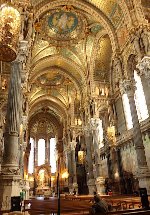 Basilique Notre-Dame de fourrière, intérieur