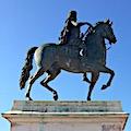 La statue équestre, place Bellecour à Lyon